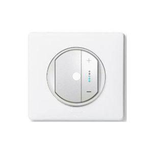 Светорегулятор 400 Вт ИК-управляемый артикул 67087