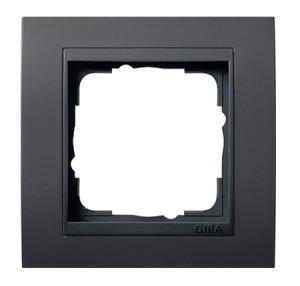 Рамка, черная с черной вставкой Gira Event