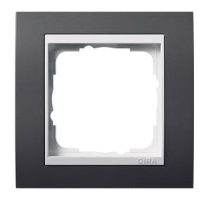 Рамка, черная с белой вставкой Gira Event
