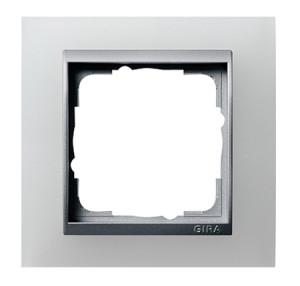 Рамка, белая полупрозрачная со вставкой под алюминий Gira Event
