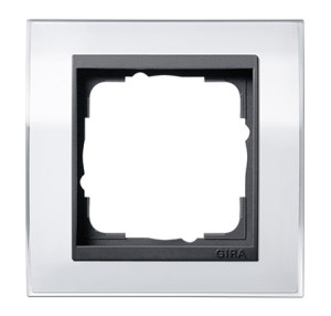 Рамка, белая с черной вставкой Gira Event Clear