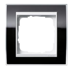 Рамка, черная с белой вставкой Gira Event Clear