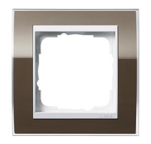 Рамка двойная без перегородки, коричневая с белой вставкой Gira Event Clear