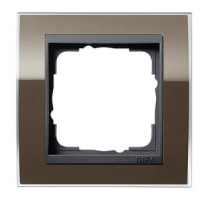 Рамка, коричневая с черной вставкой Gira Event Clear