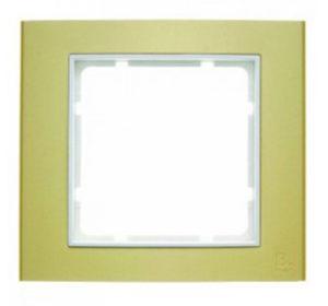 Рамкa цвет: золотой/полярная белизна B.3 Berker