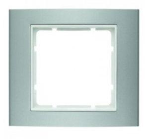 Рамкa цвет: алюминий/полярная белизна В.3 Berker